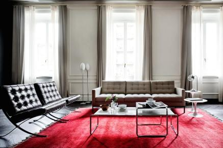 knoll-barcelona-chair-relax-11_zoom