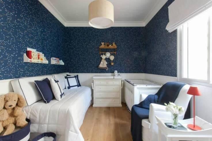 Decoração-de-quarto-de-bebê-com-predomínio-do-azul-e-branco-Projeto-de-Decore-Planejados