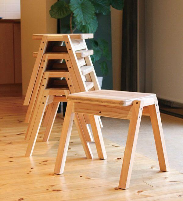 artesanato-em-madeira-banquinhos