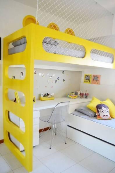 beliche-infantil-com-escrivaninha-detalhes-amarelo