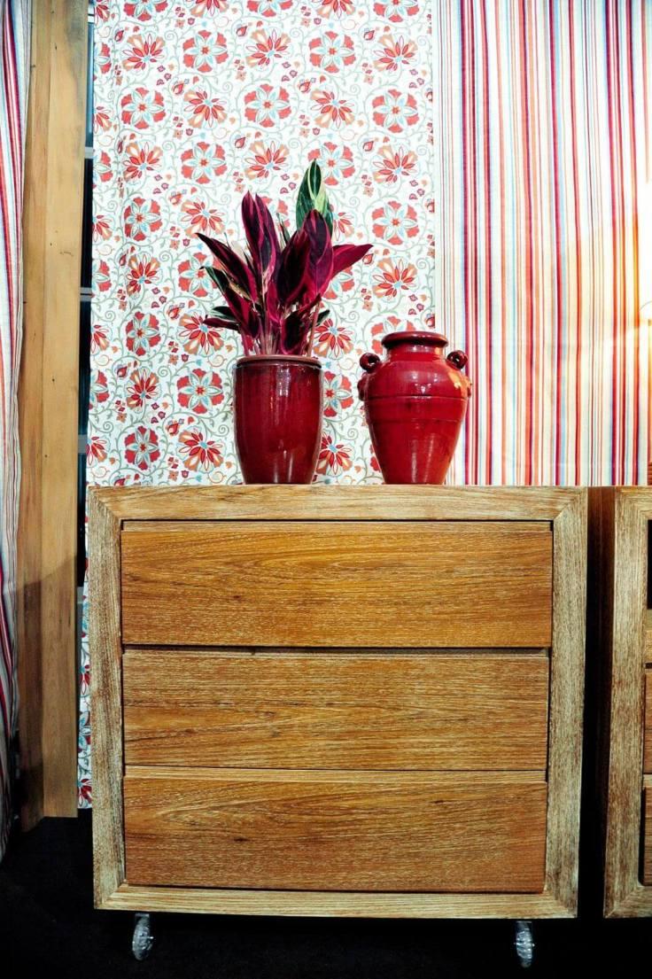 Criado-mudo-de-artesanato-em-madeira-Projeto-de-Joel-Caetano-Paes