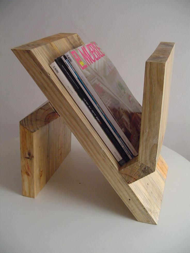Porta-revistas-de-artesanato-em-madeira-de-reflorestamento-Projeto-de-Luiza-Altman