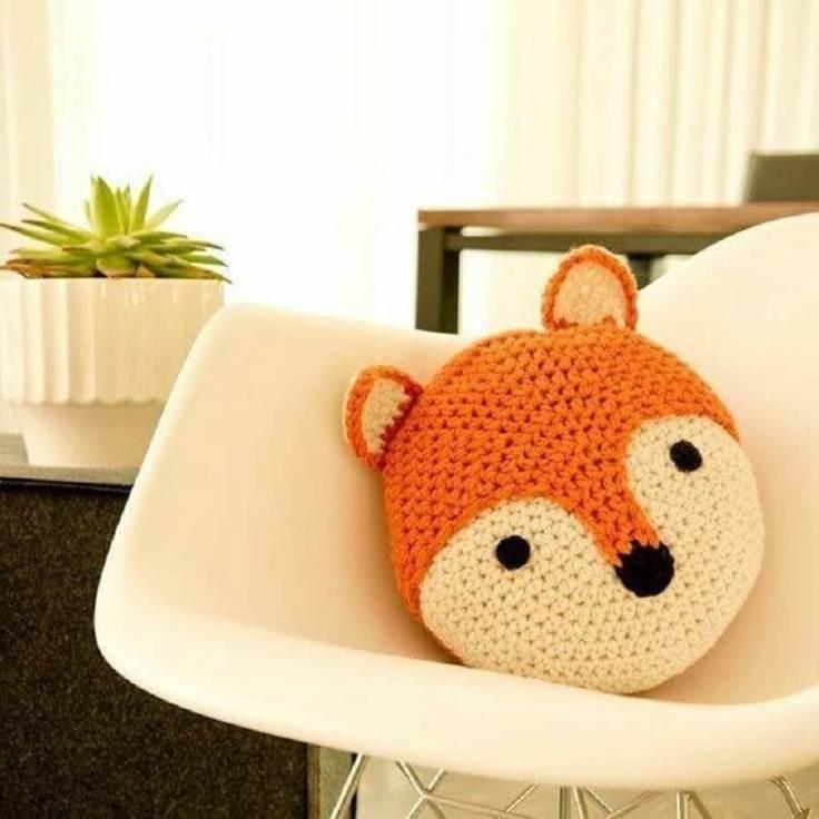 almofada-de-crochê-em-formato-de-raposa