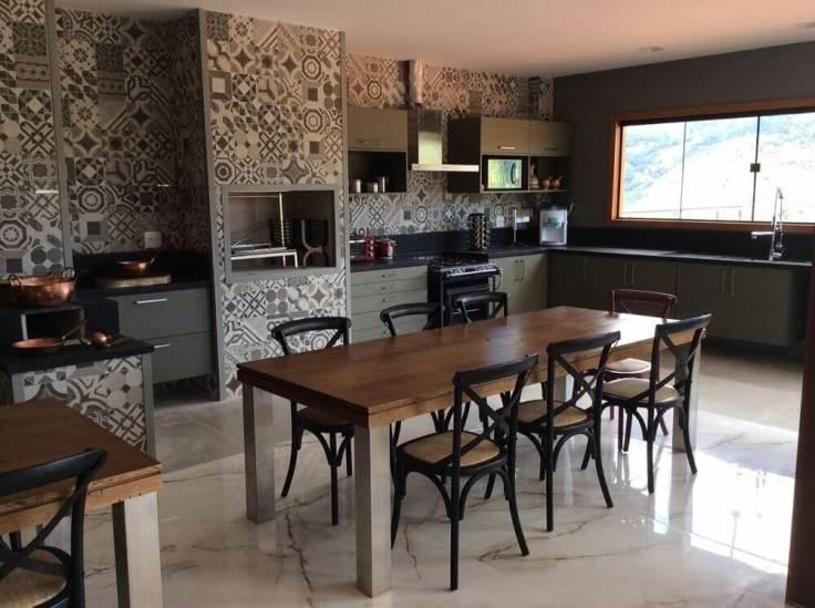 decoração-com-ladrilho-para-cozinha-gourmet-rovanadaleprane-proportional-height_cover_medium