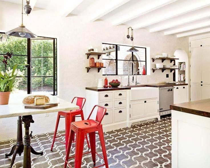 decoração-de-cozinha-clean-com-piso-hidráulico