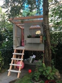 Casa-na-árvore-de-criança