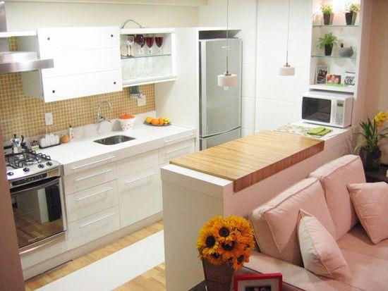 micro-ondas-bancada-cozinha-americana-pequena